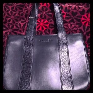 Coach Black Leather small zipper Tote